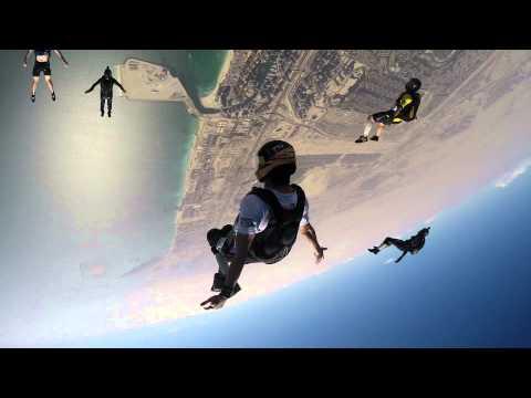 skydive dubai tracking jump