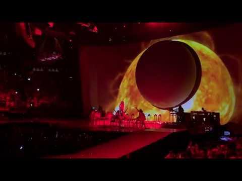 Raindrops + God Is A Woman [Live 4K HD]  - Ariana Grande - Sweetener Tour Boston