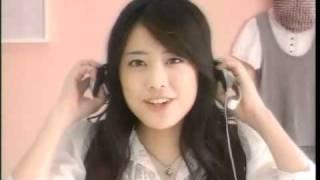 2008年のCMのようです。今はドラマ活躍する 武井咲さんが出ています。