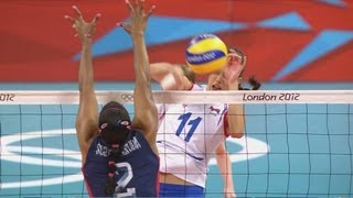 Women's Volleyball - USA v Serbia Pool B Match - London 2012 Olympics