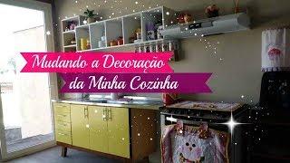 MUDANDO A DECORAÇÃO DA MINHA COZINHA | Carla Oliveira