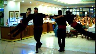 ГРЕЦИЯ .  КРИТ.   КАК ТАНЦУЮТ ГРЕКИ.(ГРЕЦИЯ . КРИТ. КАК ТАНЦУЮТ ГРЕКИ. Греческие танцы-это замечательная и неотъемлемая часть культуры Греции...., 2015-09-17T08:40:24.000Z)
