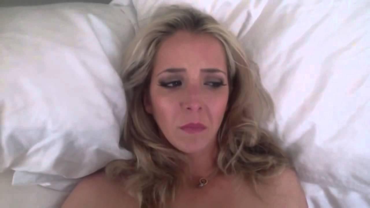 Лицо девушки во время секса