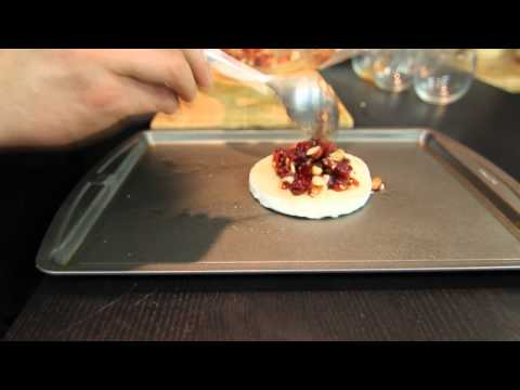 Baked Brie With Craisins : Baked Brie Recipes