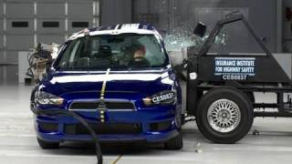 2008 Mitsubishi Lancer side IIHS crash test