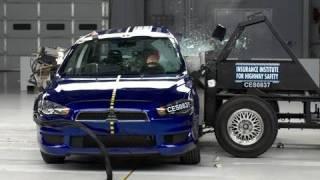 2008 Mitsubishi Lancer side IIHS crash test