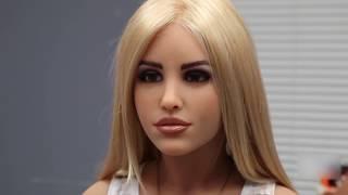 Самые красивые девушки-роботы