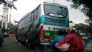 Download Video Mengintip Bus Budiman Depok Tasik Baru Tiba di Margonda MP3 3GP MP4