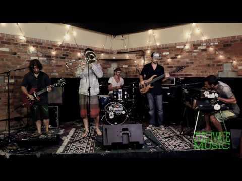 Diesel Dog - Hellen Hades (Live)