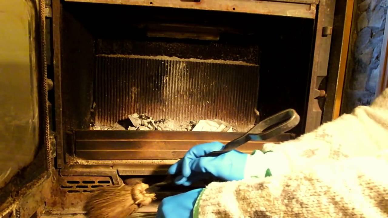 Limpieza y encendido de chimenea le a youtube - Limpiar chimeneas de lena ...