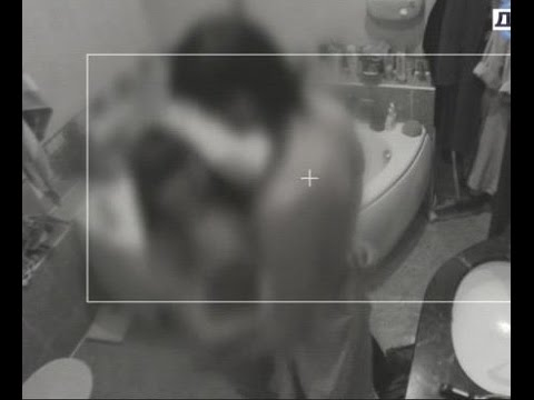 Скрытая камера в спальне жена дрочит в одиночестве