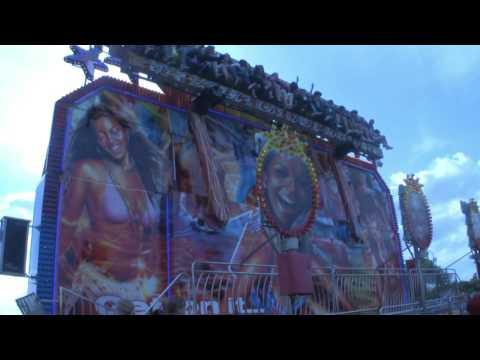 The Miami Trip 3 funfair ride at Thornbury Carnival 2009