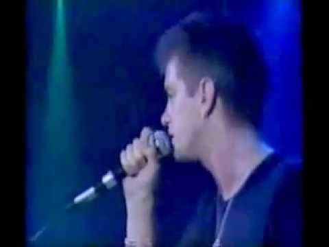 Baby Rasta y Gringo - Un Beso (Video Lyrics 2015) de YouTube · Alta definición · Duración:  3 minutos 20 segundos  · Más de 15.539.000 vistas · cargado el 24.02.2015 · cargado por BabyRastayGringo