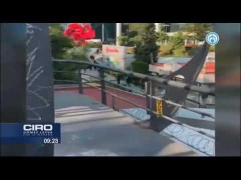 """""""Como bandoleros""""; así tiraron mantas en """"contra"""" de Elektra en Villa Olímpica; Humberto Padgett"""