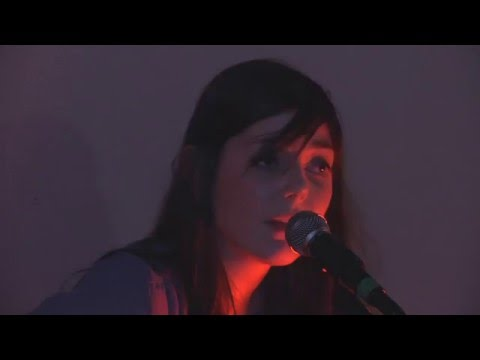 Monica Heldal entertains a packed Chapter 1 Cafe Sessions