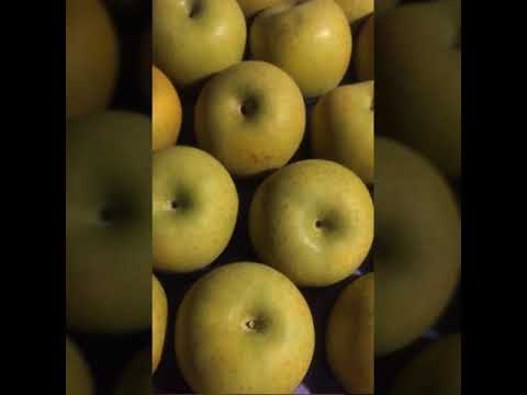 Cleaning method for apples