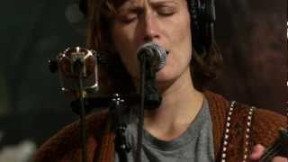 Laura Gibson - Milk Heavy, Pollen Eyed (Live on KEXP)