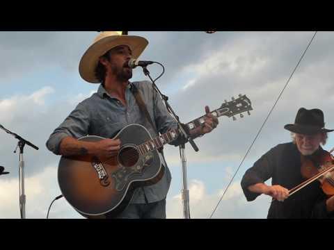 Ryan Bingham - I Ain't Living Long Like This [Waylon Jennings cover] (Houston 05.21.16) HD