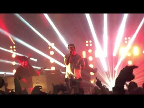 """Deftones live """"BORED and ENGINE NO.9"""" live in Indianapolis on 9/19/16"""