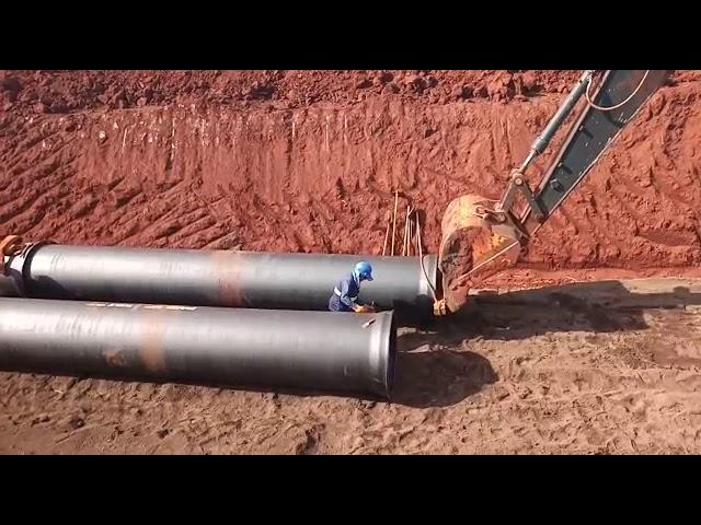 Montagem de Tubos de Ferro Fundido
