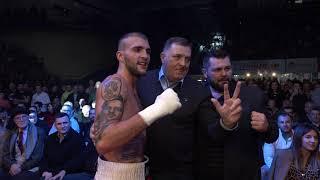 Veljko Ražnatović sa Miloradom Dodikom nakon meča