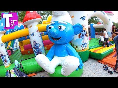 развлечения для детей молния маквин Самокат детский влог Смурфики Надувной батут с сеткой