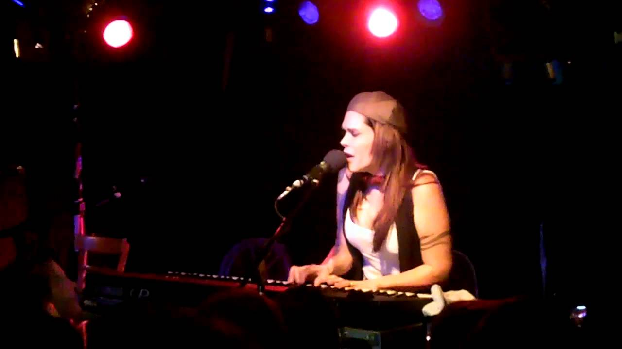 beth hart with you everyday 2012 youtube. Black Bedroom Furniture Sets. Home Design Ideas