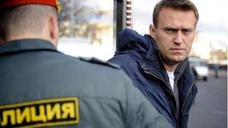Распространено видео нападения на Алексея Навального