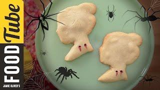 Vampire Bite Halloween Cookies | Dulce Delight