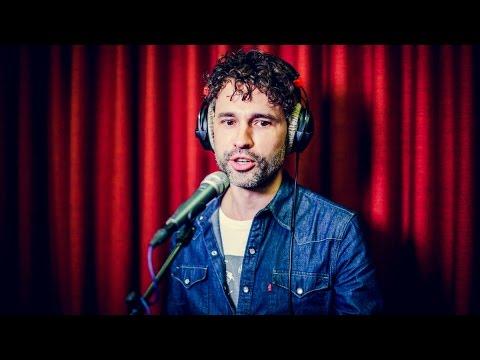 Thomas Vanderveken is de #KaraokeBV