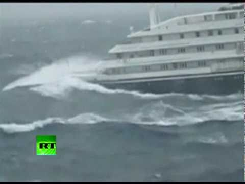 Dramatic Video Of Clelia II Antarctic Cruise Ship Slammed By Giant - Cruise ship trouble