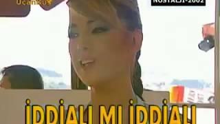 Petek Dinçöz Foolish Casanova 15 Ülkede Satışa Çıkıyor (2002)