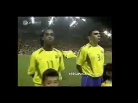 RONALDINHO Gaúcho vs X DUNGA  FIFA South Africa World Cup 2010 Brazil Squad