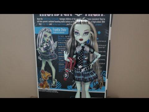 Monster high review| First Wave original Frankie Stein!?!?!?