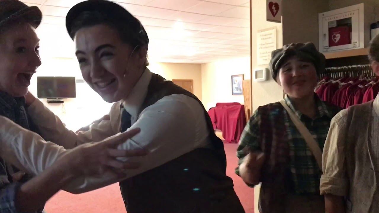 The Queen of New York-Episode 7-Backstage at Newsies