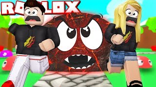 ROBLOX RUN FROM THE EVIL BLOB with MY WIFE! (Blob Simulator)