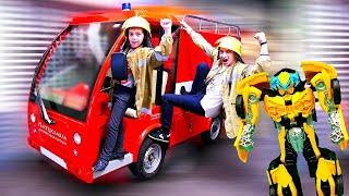 Игры с Трансформерами   Пожарные спасают Бамблби   Видео для мальчиков из Мастерславля.
