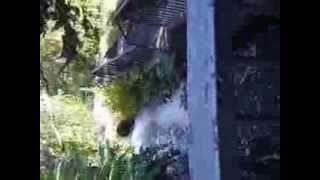 0103 Grčka 2013.Brza planinska reka usred Edesse