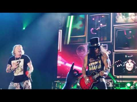 "GUNS N ROSES LIVE ""Welcome to the Jungle""  Honolulu Hawaii Aloha Stadium / DEC 8, 2018"