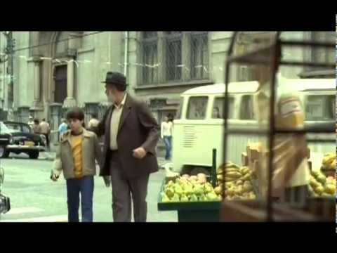 Trailer do filme O Ano em que Meus Pais Saíram de Férias