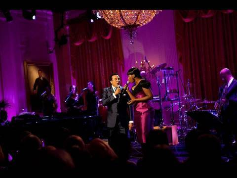 Smokey Robinson & Jennifer Hudson Perform at the White House: 2 of 11