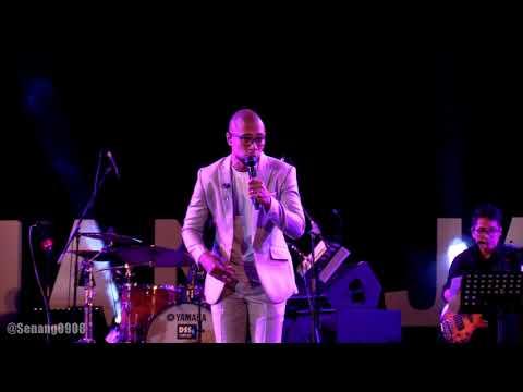 Tohpati Ft. Marcell - Candu Asmara @ Prambanan Jazz 2018 [HD]