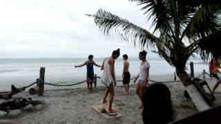 Video #17 - Mompiche, Ecuador - Learning to Surf