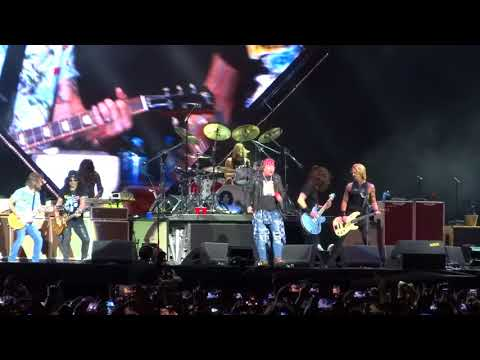"CP♫ FULL HD Foo Fighters & Guns n' Roses ""It's So Easy""  Live Firenze Rocks 2018"