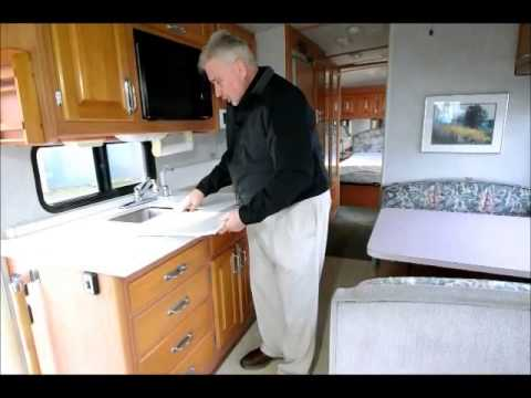 The RV Corral 1995 Fleetwood Southwind stock# CA898