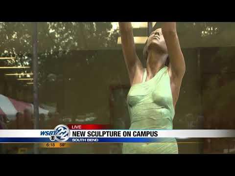 Ancient Greek Sculpture- Live Shot