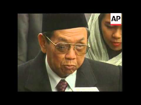 INDIA: INDONESIAN PRESIDENT WAHID VISIT (2)