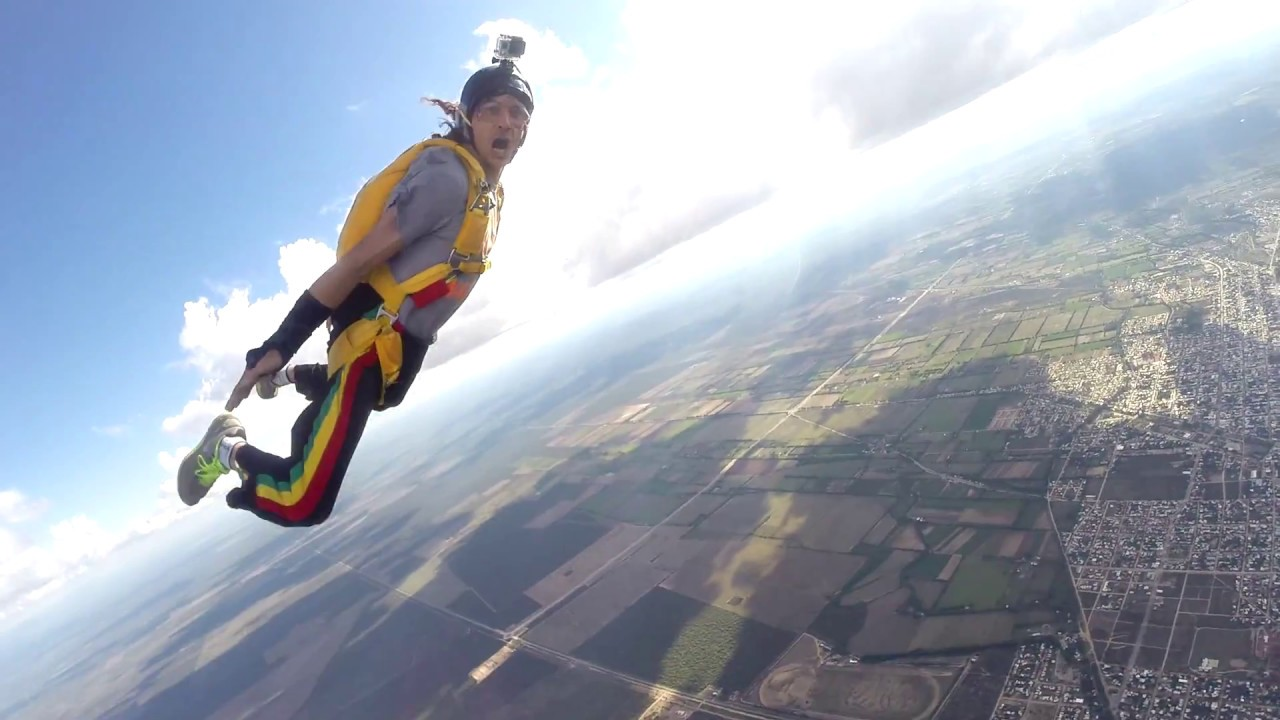 In the track - learning to track   Skydive