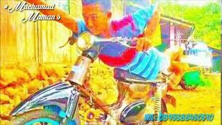 DJ AISYAH MAIMUNAH POKEMON!! Indahnya pesona motor C70 hihi...