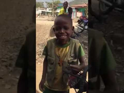 Funny Ethiopian Kid Singing